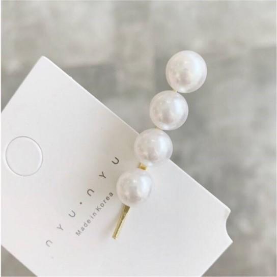 Set 2 agrafe par cu perle albe, Chic Collection, Conceptool