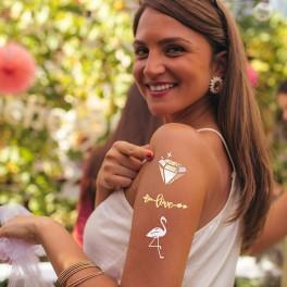 Set petrecerea burlacitelor Glam Bride - 1 x Esarfa Bride to be + 13 x tatuaje + 5x baloane + Jocuri